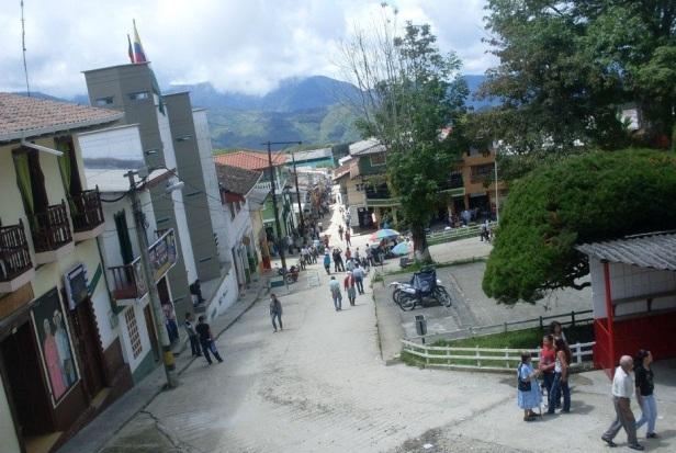 MUNICIPIO DE ARGELIA PANORAMICA DESDE EL ATRIO DE LA PARROQUIA SAN JULIAN